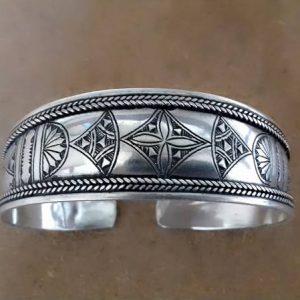 handmade silver braclet